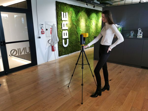 How CBRE Use Virtual Tours to Improve Commercial Lease Sales Cycles with Giraffe360